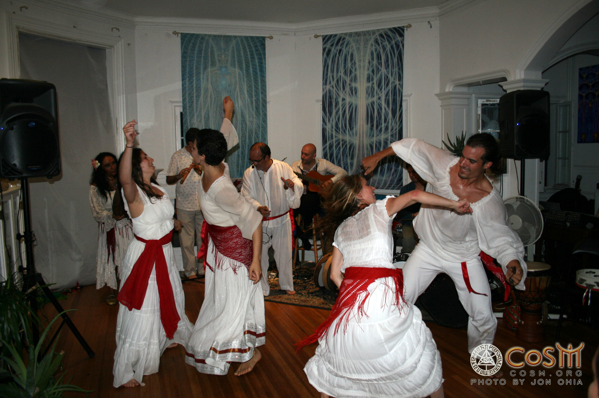 tarantata_dancers
