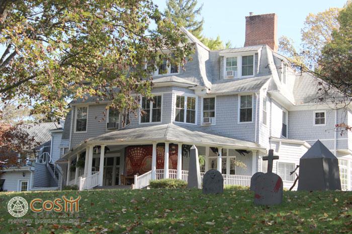 cosm-haunted-mansion