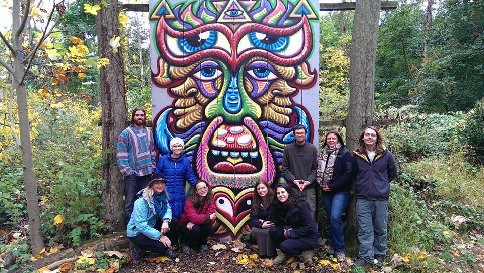 chris dyer spray paint mural