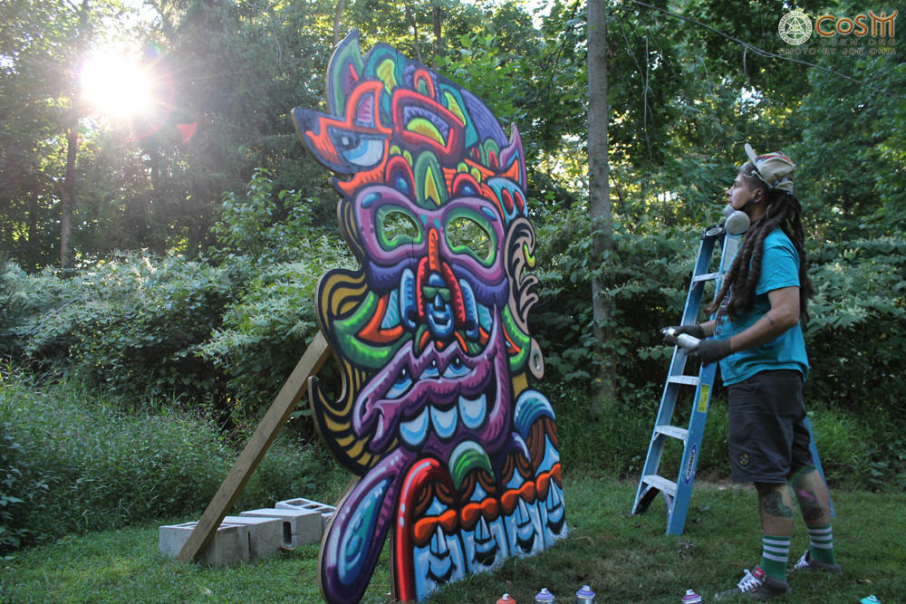 chris-dyer-spray-paint-mural-cosm-sun