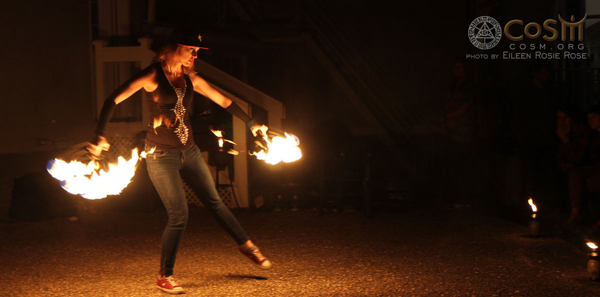 fire-spinning-performance-cosm-chapel-of-sacred-mirrors-may-2015-full-moon-gathering